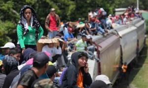 mexican-tran-derails-670x399