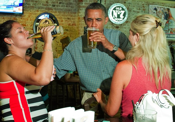 Obama drinking beer w girls