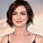 Anne-Hathaway-Interstellar-Interview-Video